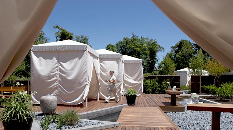 PropertyImage TheSpaatChathamBarsInn Spa Style RelaxationPool 2 CreditChathamBarsInn
