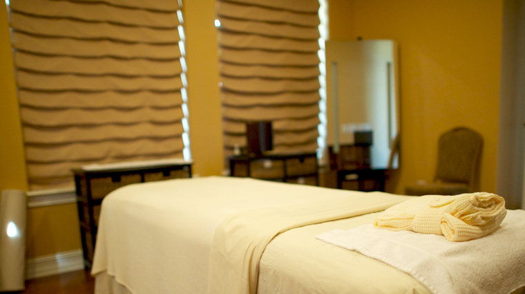 PropertyImage TheSpaatReunionResort Orlando Spa Style TreatmentRoom CreditTheFiveStarTravelCorporation