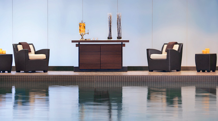 PropertyImage TheSpaatTrump RelaxationPool Chicago Spa