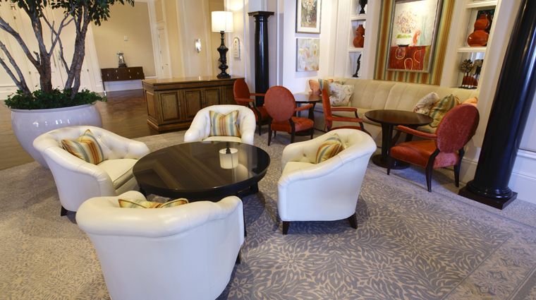 PropertyImage TheStRegisAtlanta Atlanta Hotel BarLounge AstorCourt 4 CreditTheFiveStarTravelCorporation