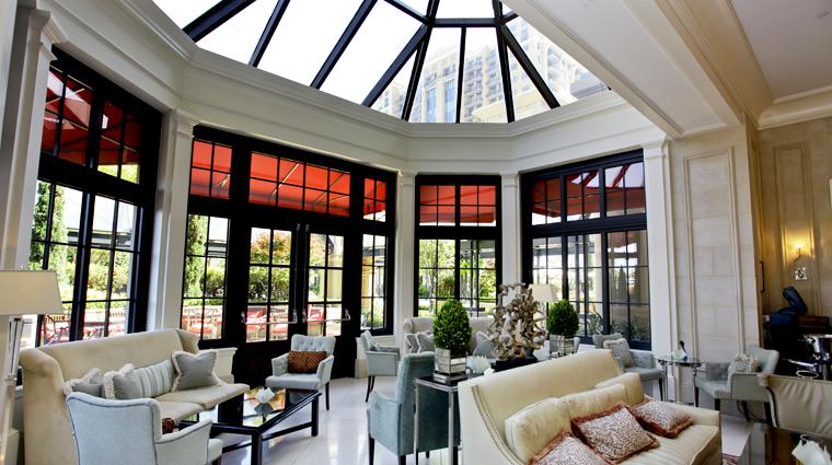 PropertyImage TheStRegisAtlanta Atlanta Hotel BarLounge TheWineRoom 3 CreditTheFiveStarTravelCorporation