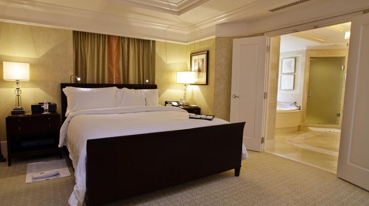 PropertyImage TheStRegisAtlanta Atlanta Hotel GuestroomSuite StRegisSuite Bedroom 2 CreditTheFiveStarTravelCorporation