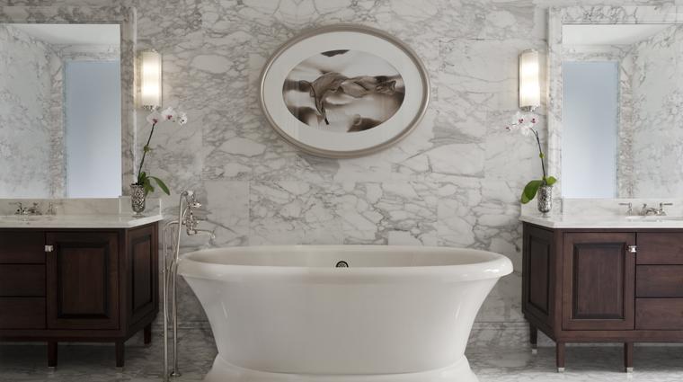 PropertyImage TheStRegisAtlanta Atlanta Hotel Guestroom EmpireSuite Bathroom CreditStarwoodHotelsandResortsWorldwideInc