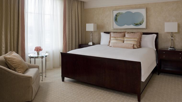 PropertyImage TheStRegisAtlanta Atlanta Hotel Guestroom StRegisSuite Bedroom CreditStarwoodHotelsandResortsWorldwideInc