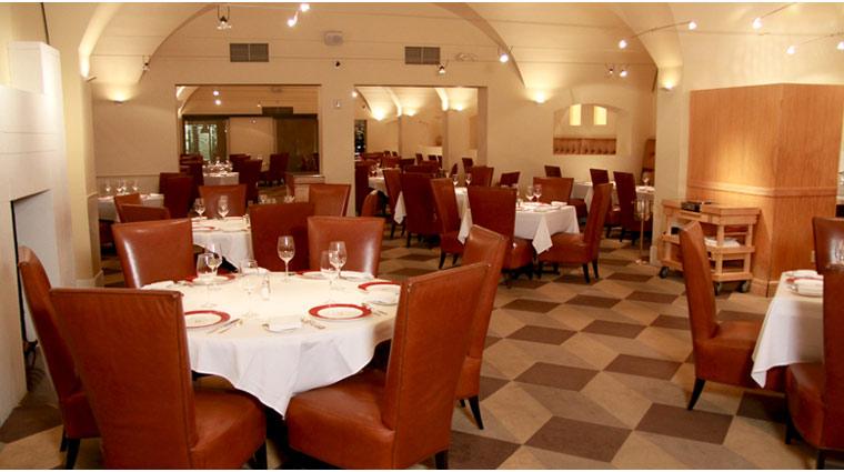 PropertyImage TheVenetian LasVegas Restaurant DelmonicoSteakhouse Style Interior 1 CreditTheFiveStarTravelCorporation