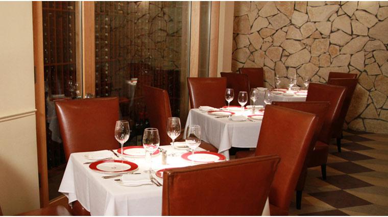 PropertyImage TheVenetian LasVegas Restaurant DelmonicoSteakhouse Style Interior 2 CreditTheFiveStarTravelCorporation