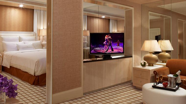 PropertyImage TowerSuitesatEncore LasVegas Hotel GuestroomsSuites KingSuite CreditWynnResortsHoldingsLLC