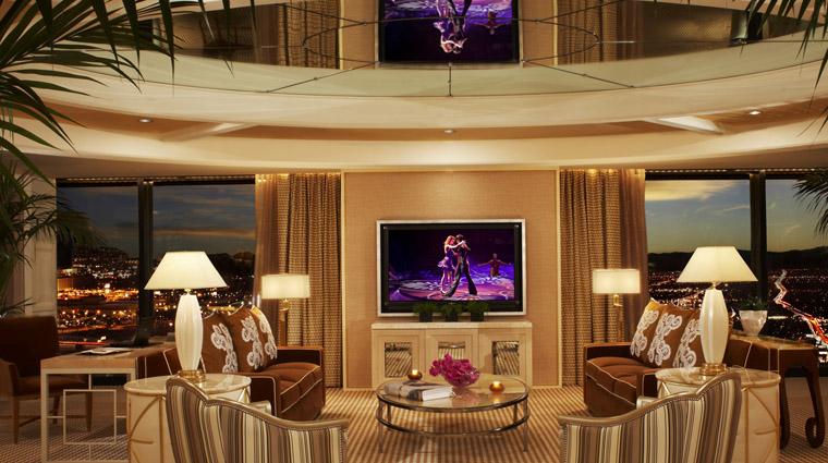 PropertyImage TowerSuitesatEncore LasVegas Hotel GuestroomsSuites ParlorSuite CreditWynnResortsHoldingsLLC