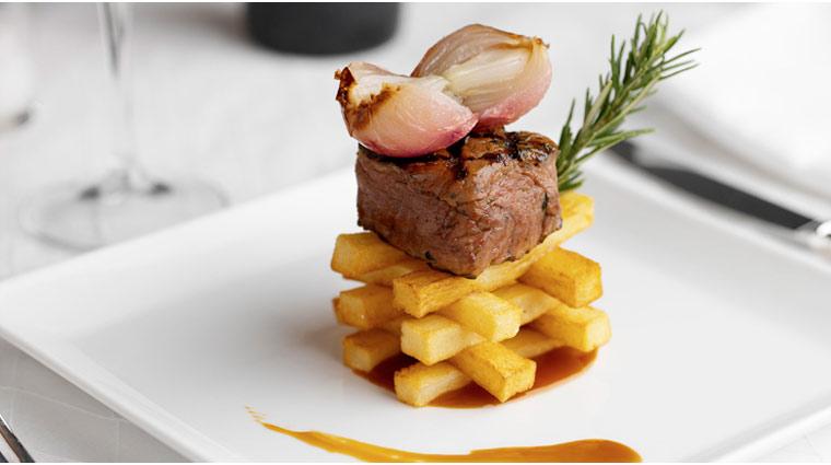 PropertyImage TrumpInternationalBeachResort Miami Restaurant Neomis Food 2 CreditTrumpInternationalBeachResort