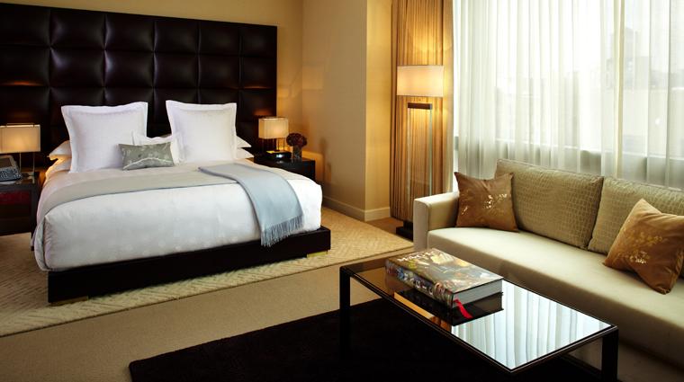 PropertyImage TrumpSoHo NewYork Hotel GuesroomSte DeluxeGuestroom Bed 2 CreditTrumpSoHoHotel