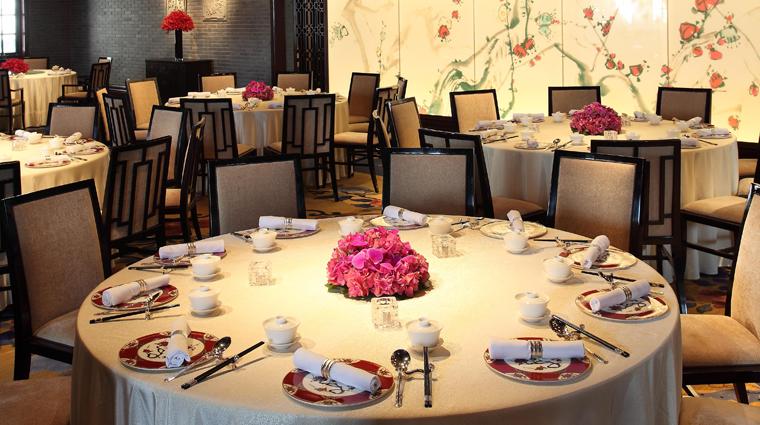 PropertyImage WeiJingGe Shanghai Restaurant Style Interior 1 CreditHiltonWorldwide