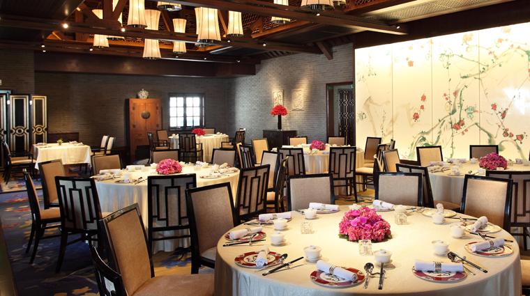 PropertyImage WeiJingGe Shanghai Restaurant Style Interior 3 CreditHiltonWorldwide