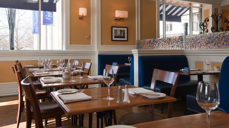 PropertyImage WillardInterContinental WashingtonDC Hotel Restaurant CafeduParc Interior 1 CreditTheFiveStarTravelCorporation