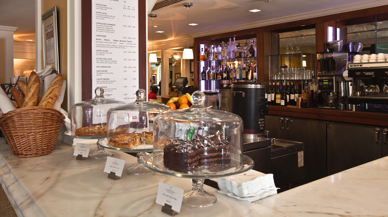 PropertyImage WillardInterContinental WashingtonDC Hotel Restaurant CafeduParc Interior 4 CreditTheFiveStarTravelCorporation
