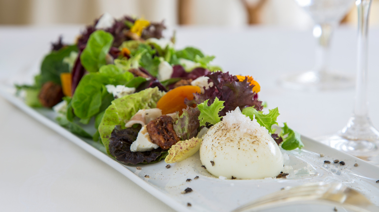 PropertyImage WindsorCourtHotel NewOrleans Restaurant Food TheGrillRoom Salad Credit MarcoRicca
