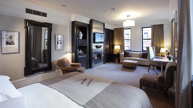 PropertyImage XVBeacon Hotel GuestroomsandSuites BostonCommonStudio CreditXVBeacon