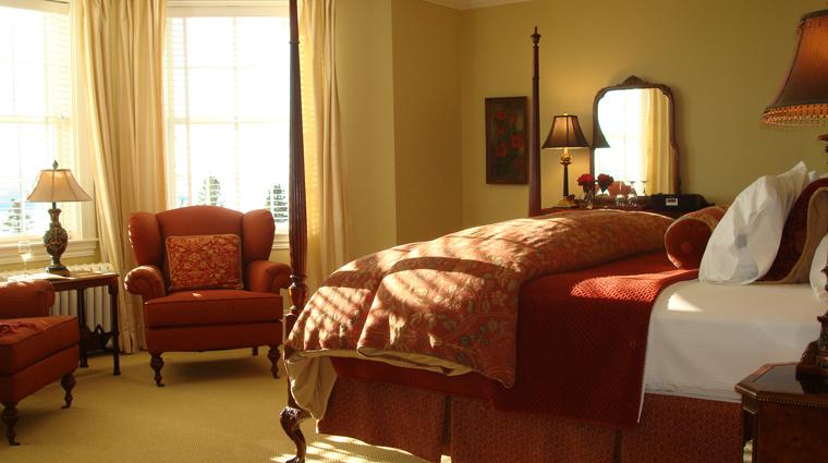 PropertyImages BlairHillInn Hotel GuestroomsandSuites GuestRoom1 TheMaster 1 CreditBlairHillInn