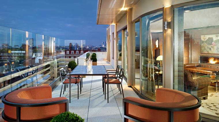 Property 45ParkLane 3 Hotel GuestroomsSuites Penthouse Terrace CreditNiallClutton