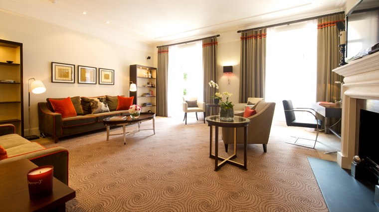 Property 51BuckinghamGateTajSuitesAndResidences 1 Hotel GuestroomsSuites PresidentialSuite LivingRoom CreditTajSuitesAndResidences