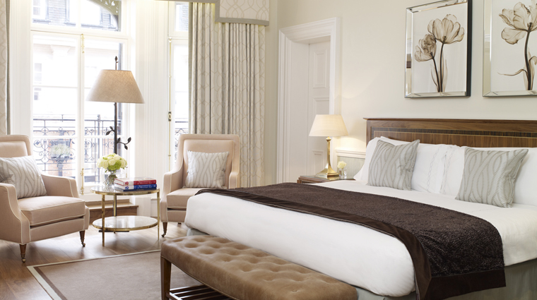 Property Claridges 2 Hotel GuestroomsSuites DeluxeKing BedRoom CreditMaybourneHotelGroup