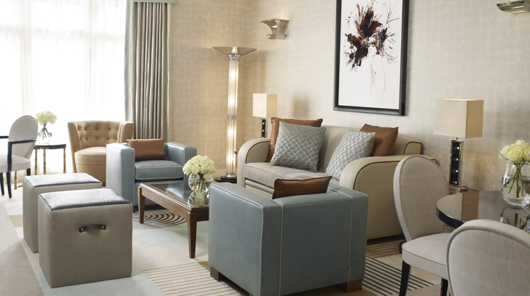 Property Claridges 4 Hotel GuestroomsSuites LinleySuite SittingRoom CreditMaybourneHotelGroup