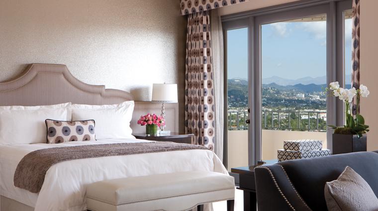 Property FourSeasonsHotelLosAngelesatBeverlyHills LosAngeles Hotel Guestroom creditFourSeasonsHotelLosAngelesatBeverlyHills
