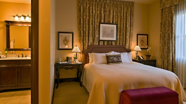Property HotelGranduca Texas Hotel Guestroom creditHotelGranduca