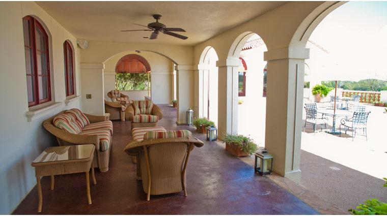 Property InnAtDosBrisas Texas Hotel Lounge6 creditFiveStarTravelCorporation
