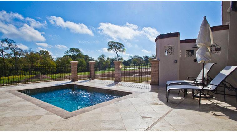 Property InnAtDosBrisas Texas Hotel Pool3 creditFiveStarTravelCorporation