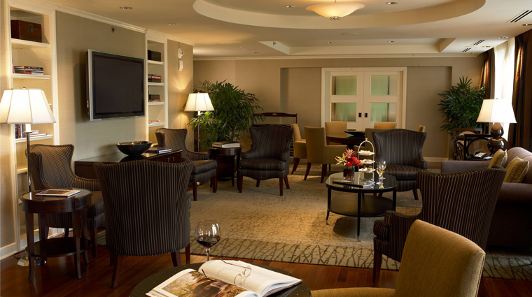 Property IntercontinentalBuckhead Atlanta Hotel Guestroom2 creditIntercontinentalBuckhead