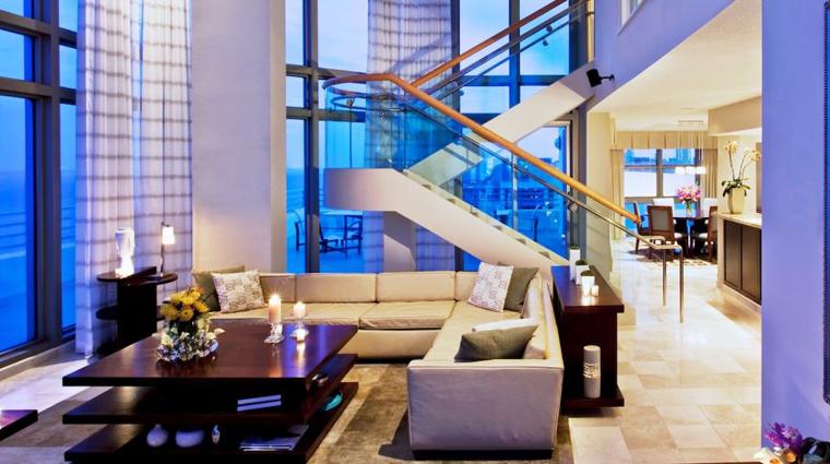Property LoewsMiamiBeachHotel Miami Hotel Suite2 creditLoewsMiamiBeachHotel