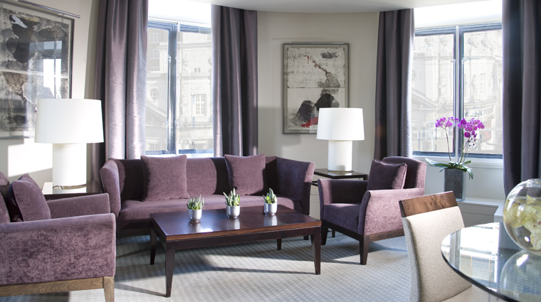 Property OneAldwych 3 Hotel GuestroomsSuites ExecutiveSuite LivingRoom CreditOneAldwych