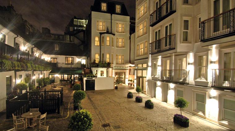 Property StaffordLondonByKempinski 2 Hotel PublicSpaces Courtyard CreditKempinski