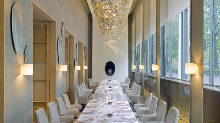 Property TheDorchester 3 Hotel Restaurant AlanDucasseAtTheDorchester SalonParkLane CreditDorchesterCollection