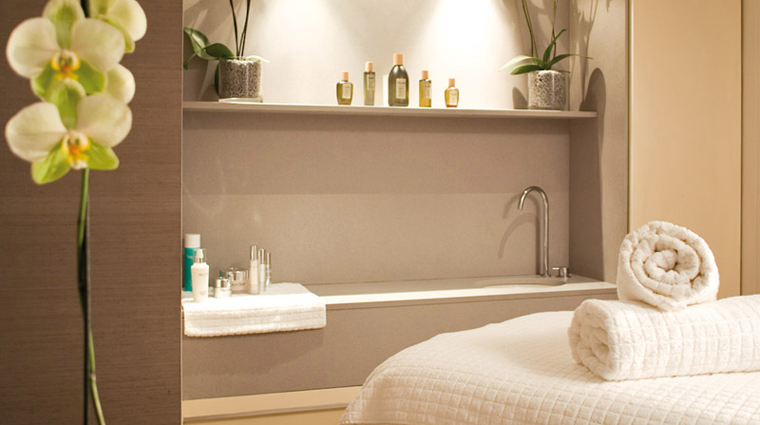 Property TheHealthClubatOneAldwych 2 Spa Style TreatmentRoom CreditOneAldwych