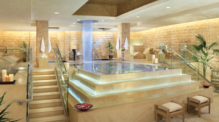 Property TheLaurelCollectionbyCaesarsPalace 6 Hotel Spa QuaBathsAndSpa RomanBaths CreditCaesarsLicenseCompanyLLC