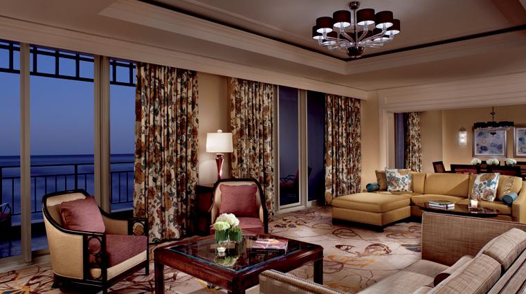 Property TheRitzCarltonAmeliaIsland Hotel GuestroomSuites RitzCarltonSuite LivingRoom Credit ChristopherCypert