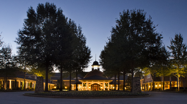 Property TheRitzCarltonLodgeReynoldsPlantation 10 Hotel Exterior FrontDrive CreditTheRitzCarltonHotelCompanyLLC