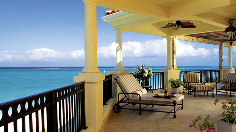 Property TheSomerset Hotel GuestroomsSuites Terrace TheSomersetonGraceBay