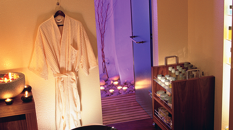 Property TheSpaatMandarinOrientalLondon 4 Spa Style TreatmentRoom CreditMandarinOrientalHotelGroup