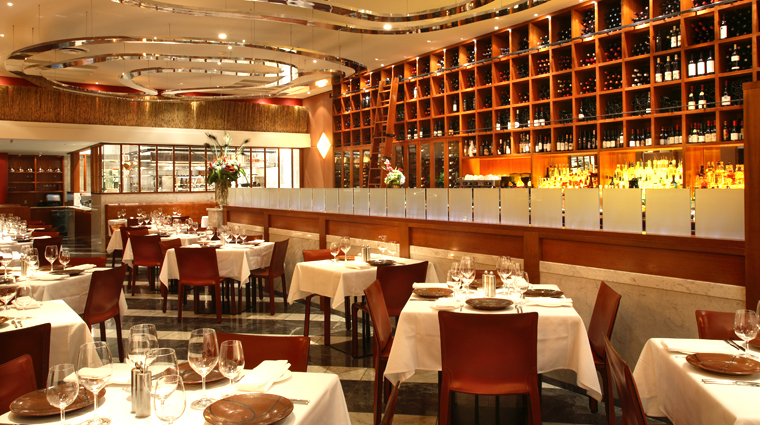 Property WestVancouver BritishColumbia Restaurant Style2 creditWestVancouver