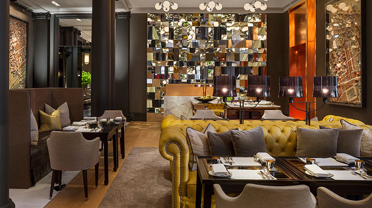 Rosewood London mirror room