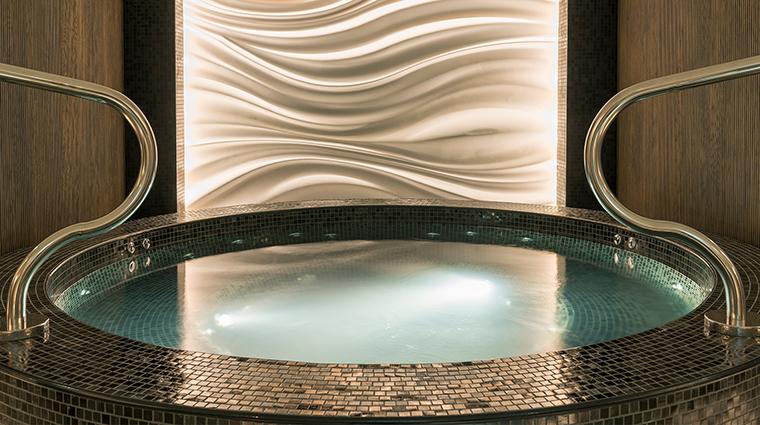 Sheraton Grand Hotel Dubai Shine Spa Jacuzzi