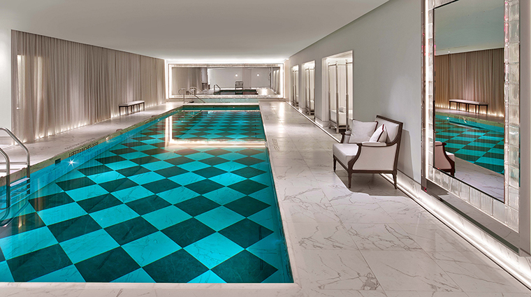 Spa la mer at baccarat new york pool
