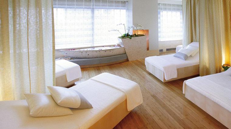SpaMandarinOrntlNY RelaxationRoom 1 PR