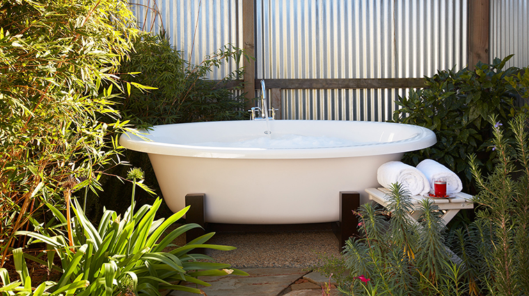 The Carneros Inn tub