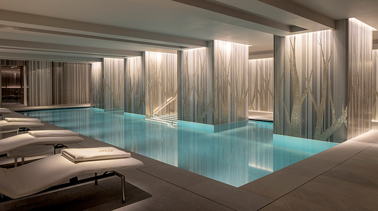 The Spa at Four Seasons Ten Trinity Square Swimming Pool