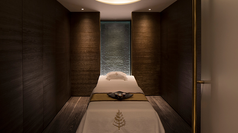 The Spa at Four Seasons Ten Trinity Square Treatment Room
