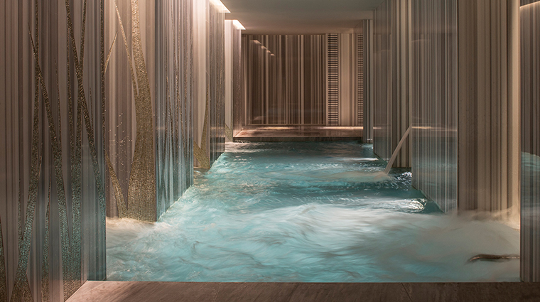 The Spa at Four Seasons Ten Trinity Square Vitality Pool