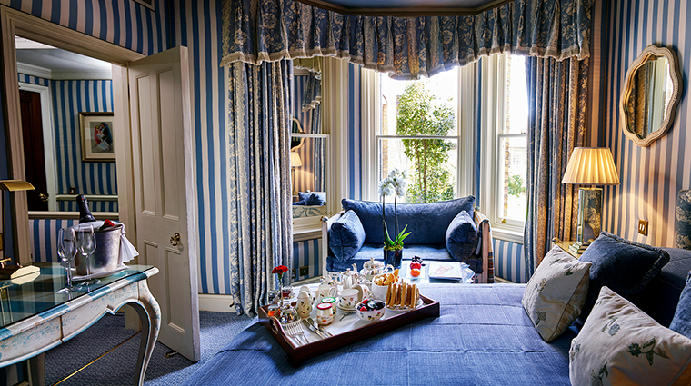 The egerton house hotel deluxe queen